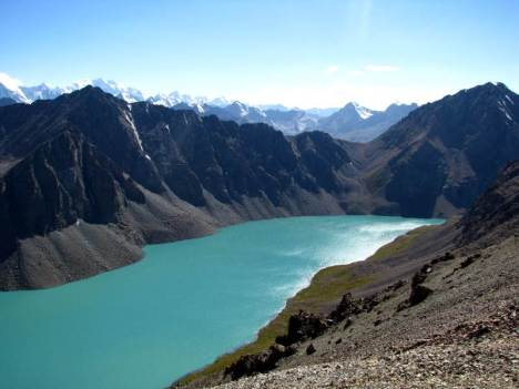Jezioro Ala-Kol w Kirgistanie