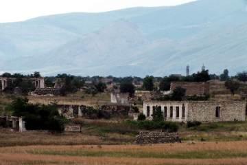 Podróż przez Górski Kurdystan. Zniszczone miasto Agdam