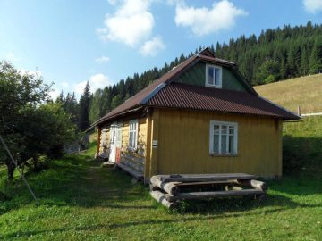 Ukraina, Dmytrowa Chata na Czarnohorze