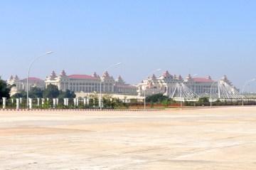 Hluttaw – czyli birmański parlament