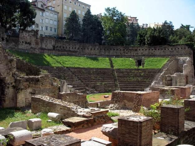 Teatr rzymski w Trieście. Zdjęcia z Włoch