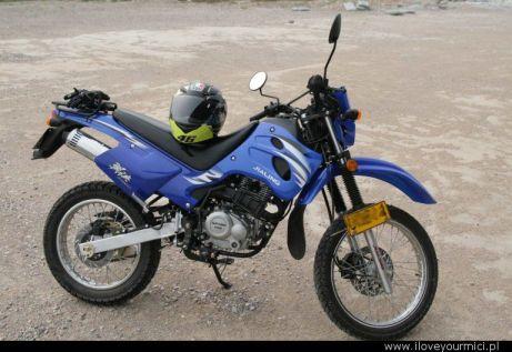 JiaLing JH150GY-3 - motocykl, którym Filip Winiewicz jedzie przez Chiny