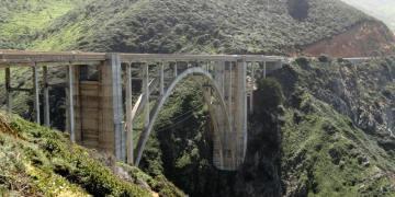 Podróż samochodem przez USA. Jedne z mostów