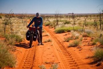 Dużą i część musieliśmy prowadzić – oszczędność siły, tyłka i roweru.