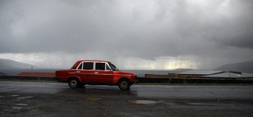Stara łada na drogach Armeni