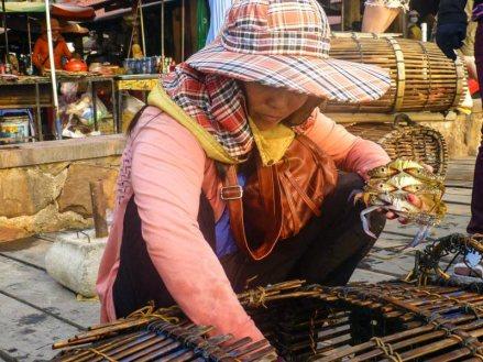 Sprzedaż krabów. Kep w Kambodży