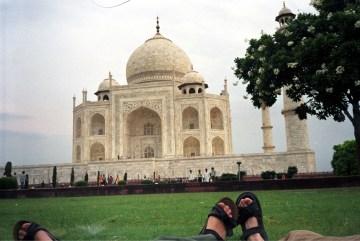 Indie, Agra. Tadż mahal i turyści z Polski