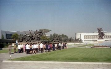 Narodowe Muzeum Wojny - zdjęcia z wizyty w Pyongyang