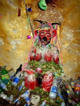 El Tio - bóg kopalni. Wycieczka do Potosi