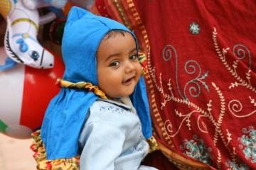 Małe dziecko z Nepalu - foto