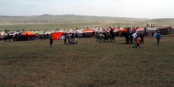 Osada w mongolskim stepie