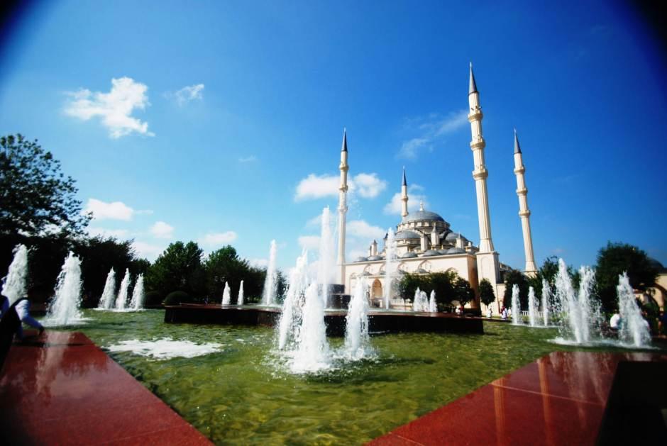 Czeczenia, Błękitny Meczet w Groznym