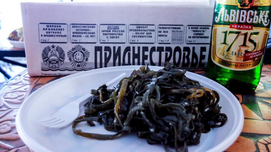W ukraińskiej knajpie. (Fot. Bartek Szaro)