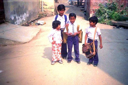 Indie, dzieci w mieście Agra