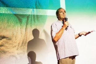 Paul Theroux podczas festiwalu Kontynenty
