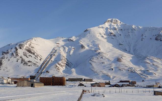 Spitsbergen, Piramida. Białe Ilony Wiśniewskiej