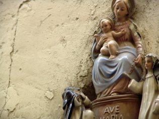 Malta, religia, Maryja z Jezusem