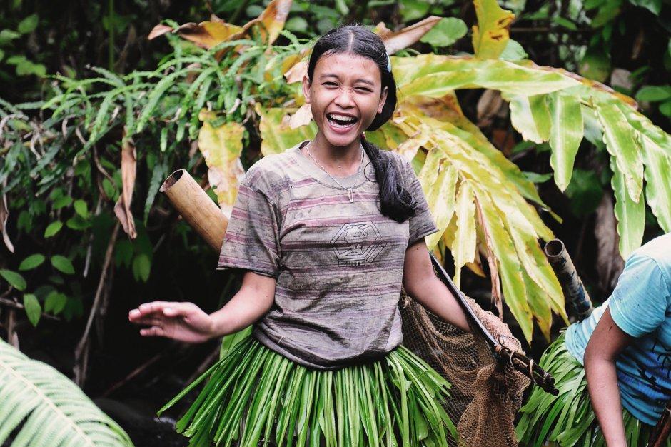Mentawaje w Indonezji, młoda kobieta