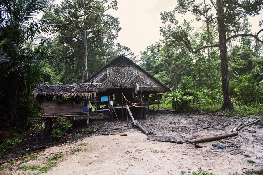 Indonezja, Uma, dom Mentawajów