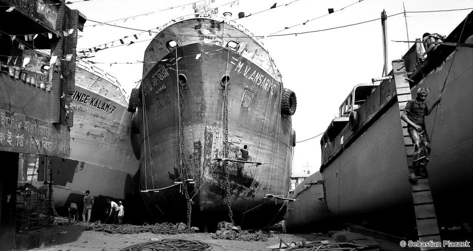 Zdjęcia z podróży do Bangladeszu, stocznia w Dhace