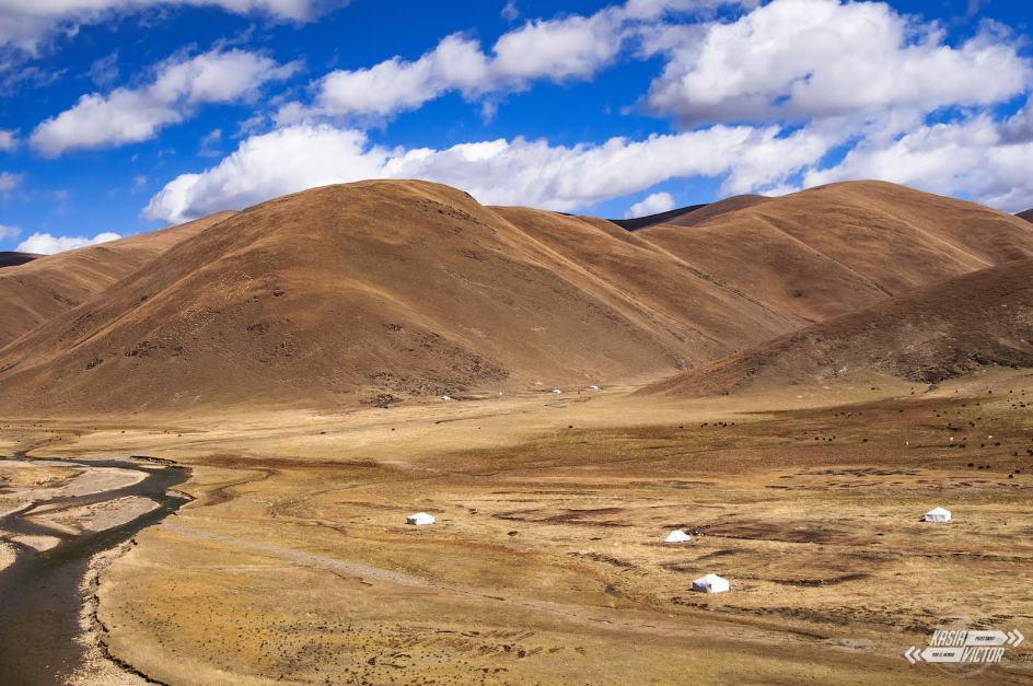 Tybetański krajobraz, Litang w Chińskim Tybecie