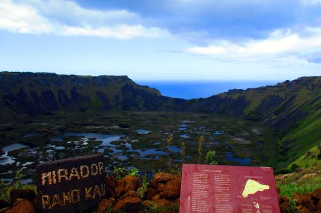 Rapa Nui, Ranu Kau. podróż na Wyspę Wielkanocną