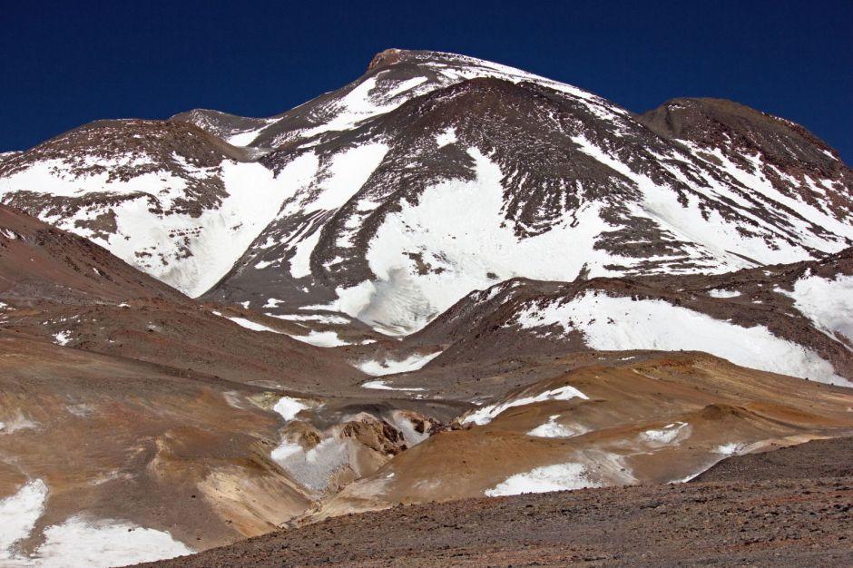 Chile, wulkan Ojos del Salado w Andach na granicy chilijsko-argentyńskiej - zdjęcia z wyprawy