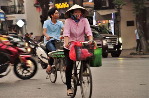 Wietnam, Hanoi, rower - popularny środek transportu, podróż