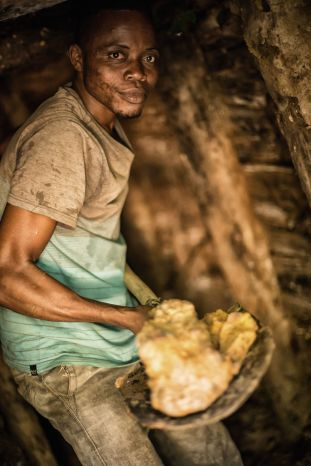 Kongo, poszukiwanie diamentów