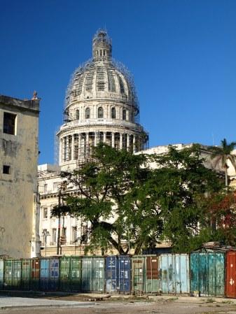 Kuba, Hawana, zabytkowe budynki, podróż