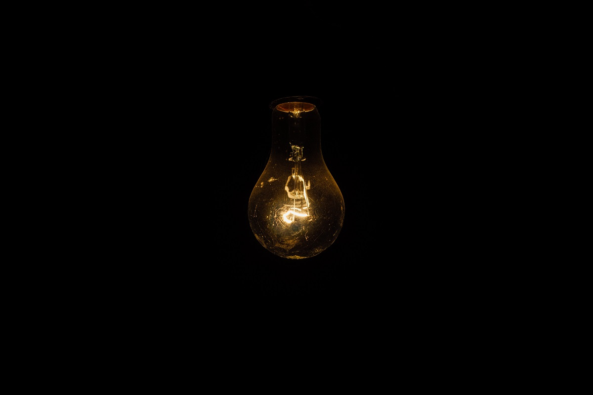 Light bulb in the dark from https://bossfight.co/13616-2/