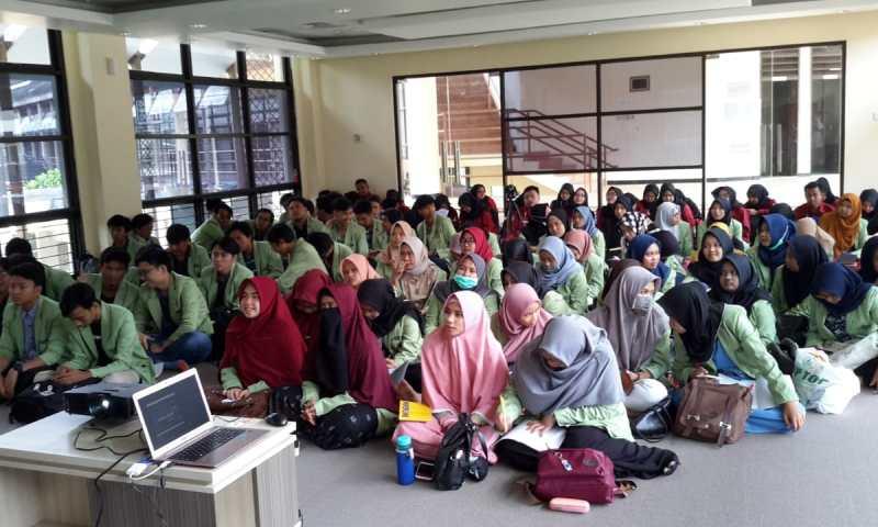 Kunjungan Mahasiswa Jurusan Ilmu Perpustakaan Fakultas Teknologi Informasi Universitas YARSI Jakarta