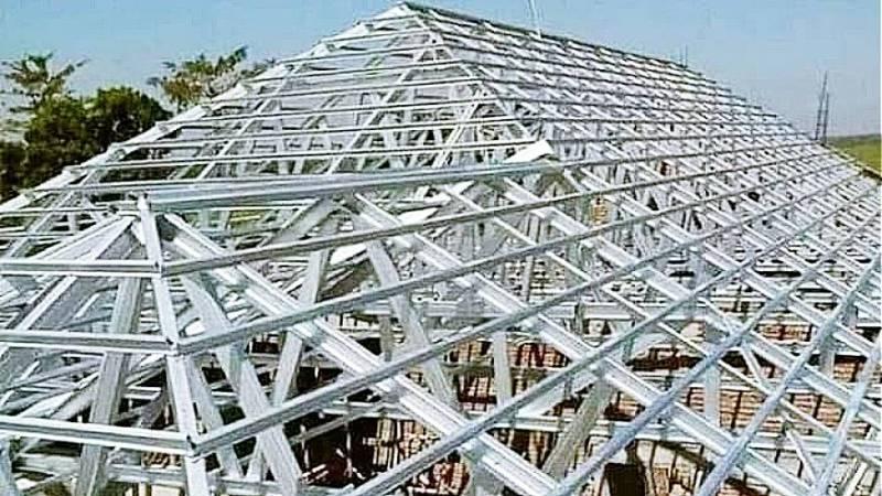 kelebihan rangka atap baja ringan