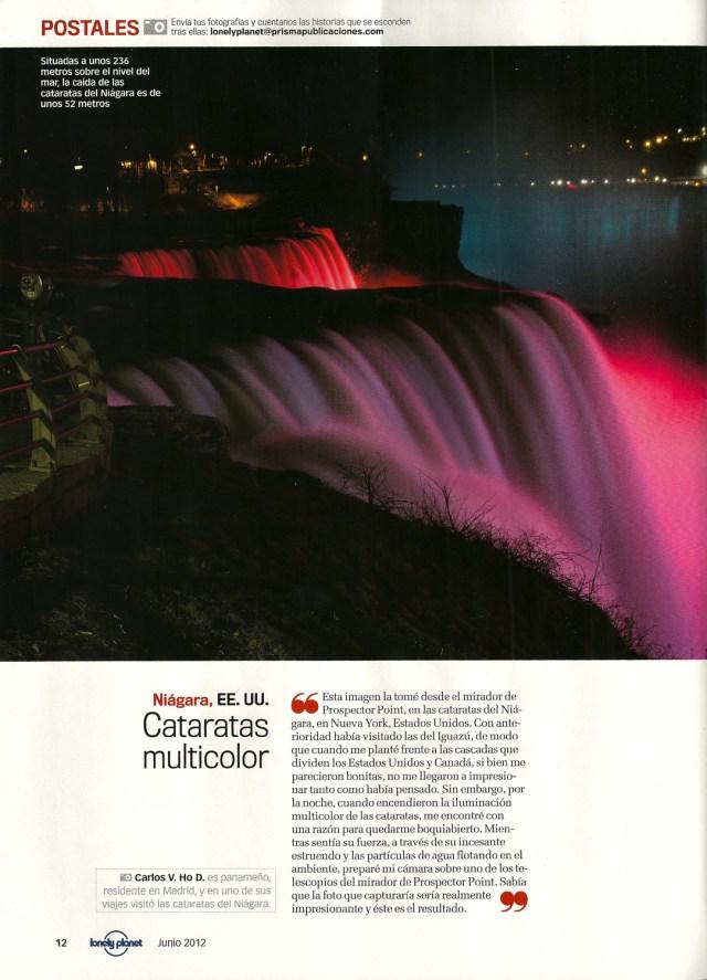 Foto nocturna de las cataratas del Niágara, EE.UU., tomada por el perro viajante y publicada en el segmento Postales de la revista Lonely Planet España