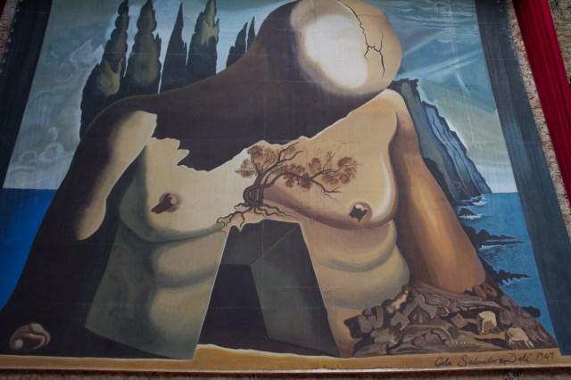 El lienzo Laberinto de Salvador Dalí, en el Teatro-Museo Dalí de Figueres, España