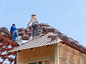 Memilih jenis genteng sewaktu renovasi rumah