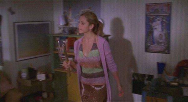 Buffy wears a terrible outfit.