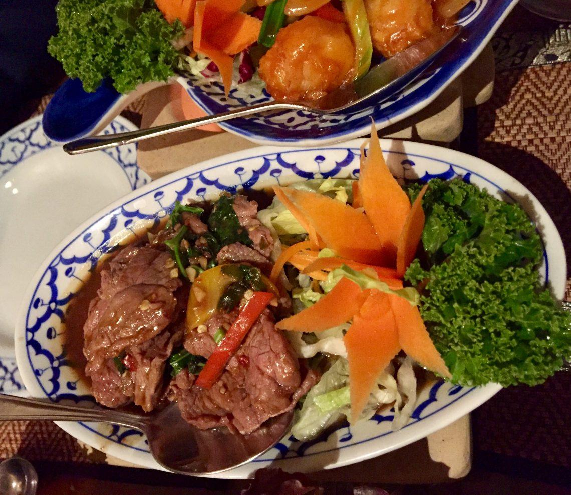 Strips of steak stir fried and chilli, garlic and fresh Thai basil (No. 41)