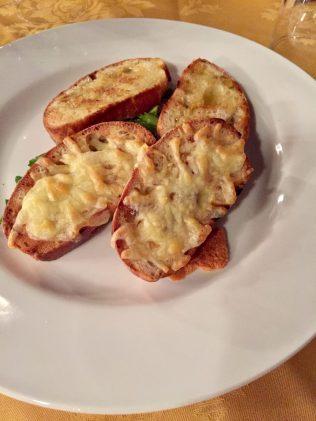 Garlic bread and garlic bread with mozzarella
