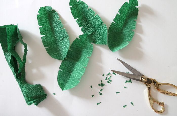 how to make paper leaves - tropical crepe paper leaves