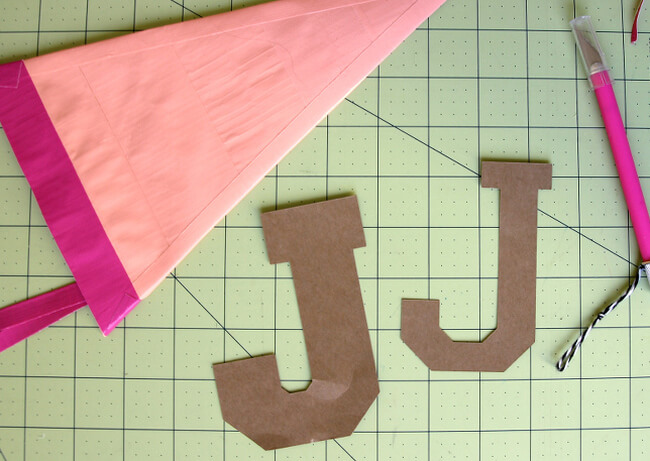 DIY duck tape pennant pencil pouch