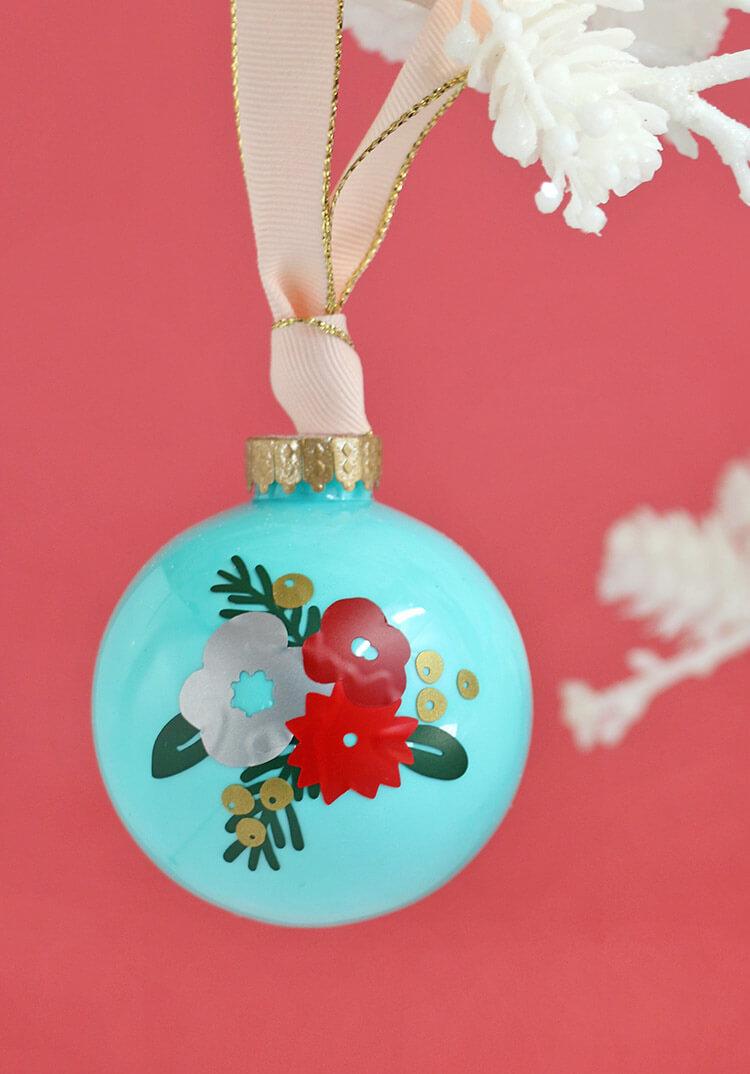 winter-floral-ornament7