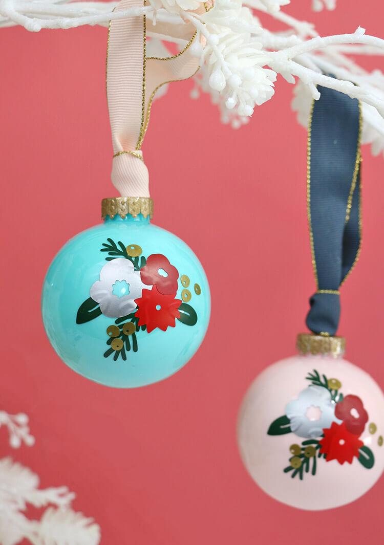 winter-floral-ornaments10