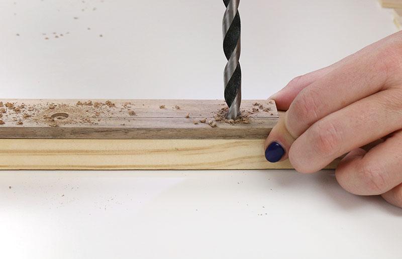 drill magnet holes for magnetic print hanger