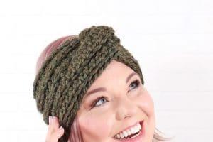 Twist Front Crochet Headband: Free Pattern and Video Tutorial
