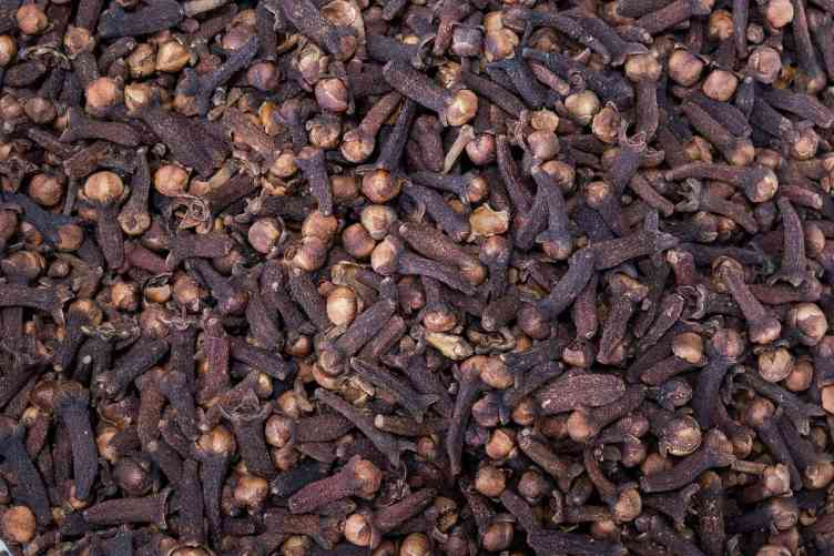 cloves are often used in the Iranian cuisine