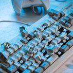 ゲーミングキーボードと普通のキーボードは違いは?ゲーミングキーボードの機能や特徴について
