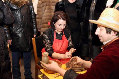 (Українська) глиняне творіння