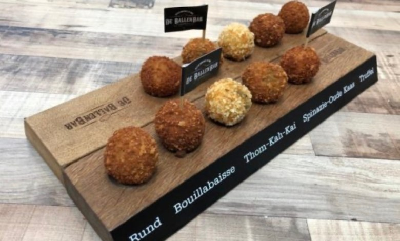 Photo of Amsterdam bitterballen and Rotterdam burgers in the new Scheveningen Foodhall