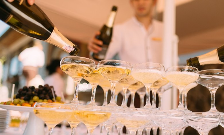 Photo of 100 million bottles of champagne remain unsold